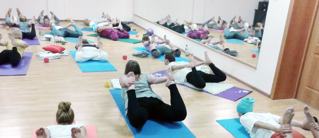 Кундалини-йога в студии Сияй