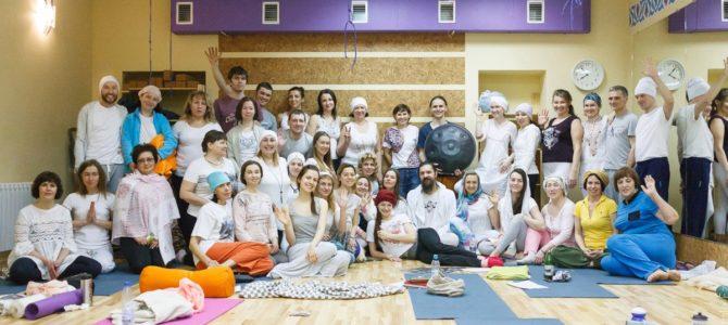 Садхана — духовная утренняя практика в Кундалини Йоге