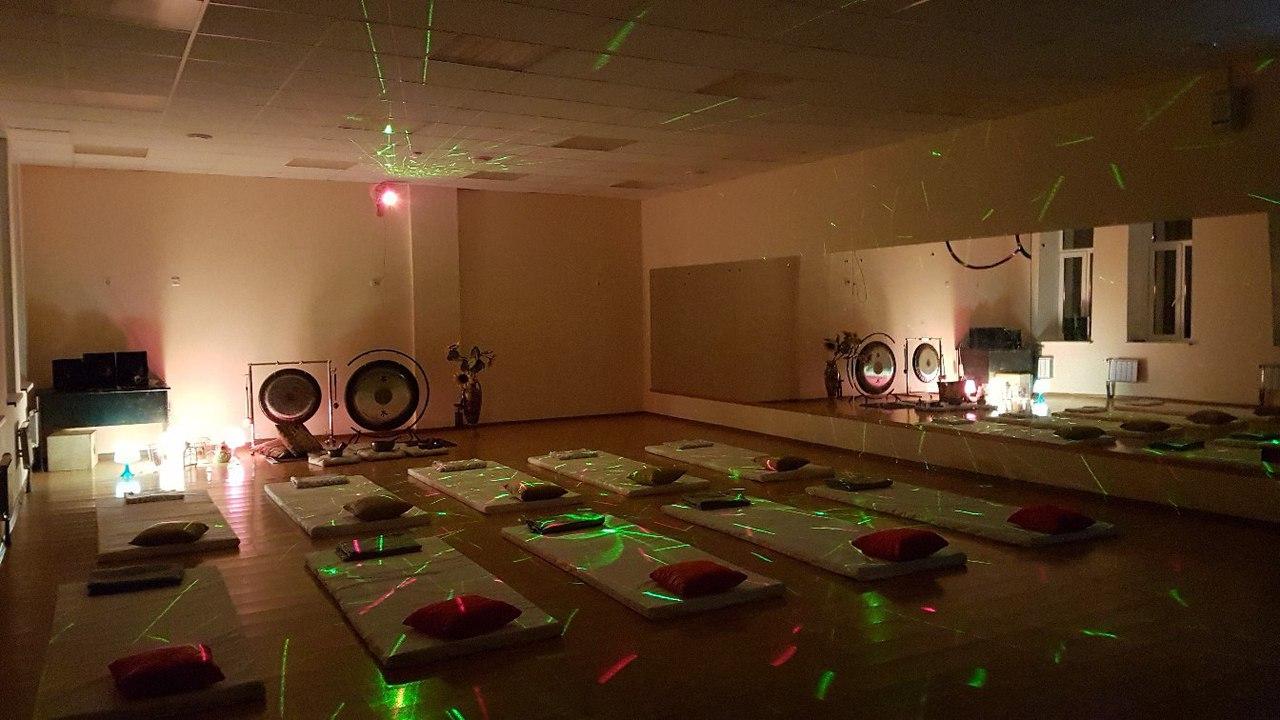 Гонг-медитация в студии СИЯЙ